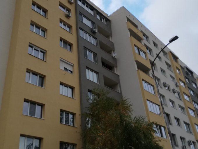 Тристаен апартамент в Младост 4
