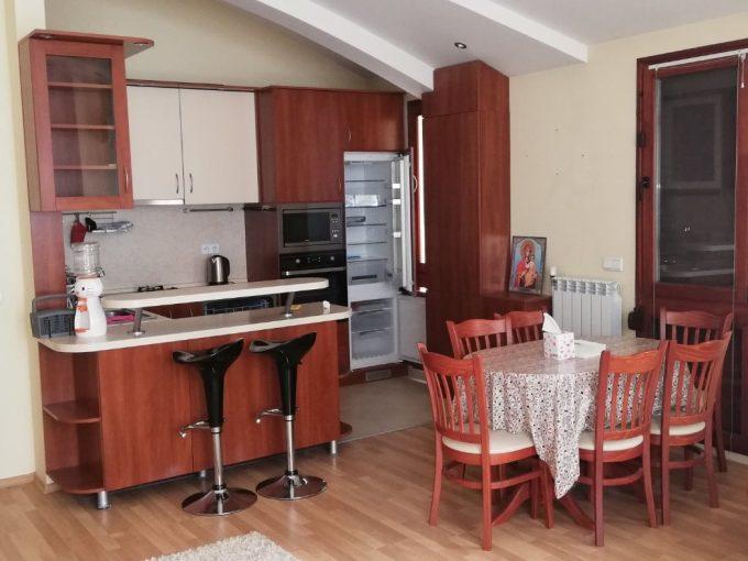 Четиристаен апартамент в Княжево