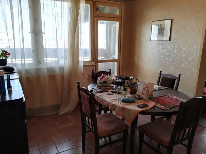 Тристаен апартамент в Сердика