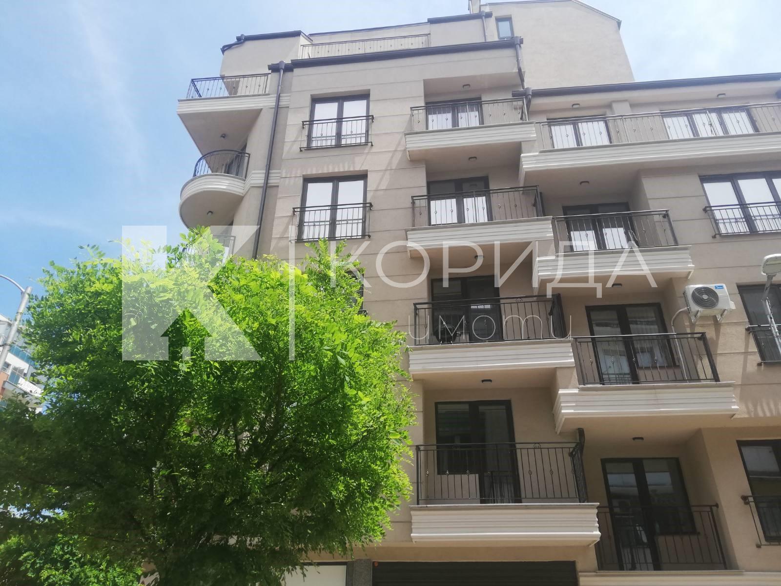 Функционален 3-стаен апартамент