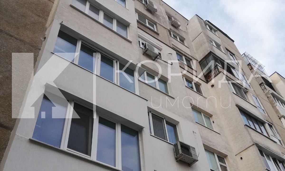 тристаен апартамент в Люлин 6