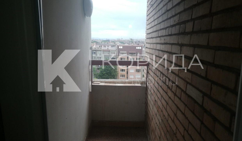 двустаен апартамент под наем в Зона Б-18